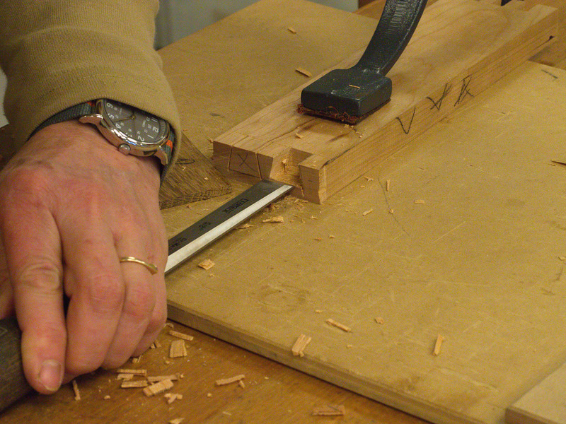 Handcut Dovetails - Jan 2013 26.JPG