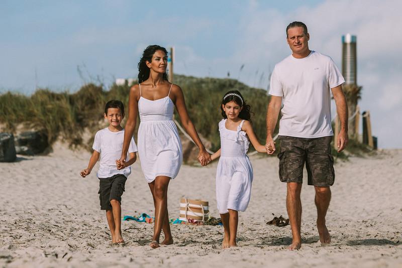 Nivea Rodrigues Family-22.jpg