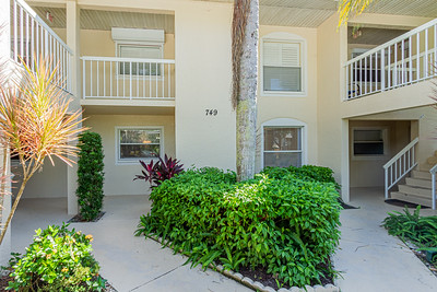 749 Landover Cir # 102, Naples, Fl.