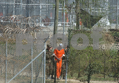 complaint-challenges-order-barring-female-guards-at-gitmo