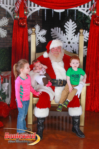 Santa 12-10-16-420.jpg