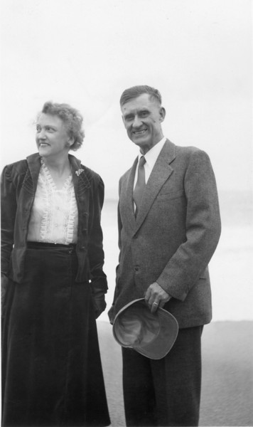 Elna and Floyd Turner