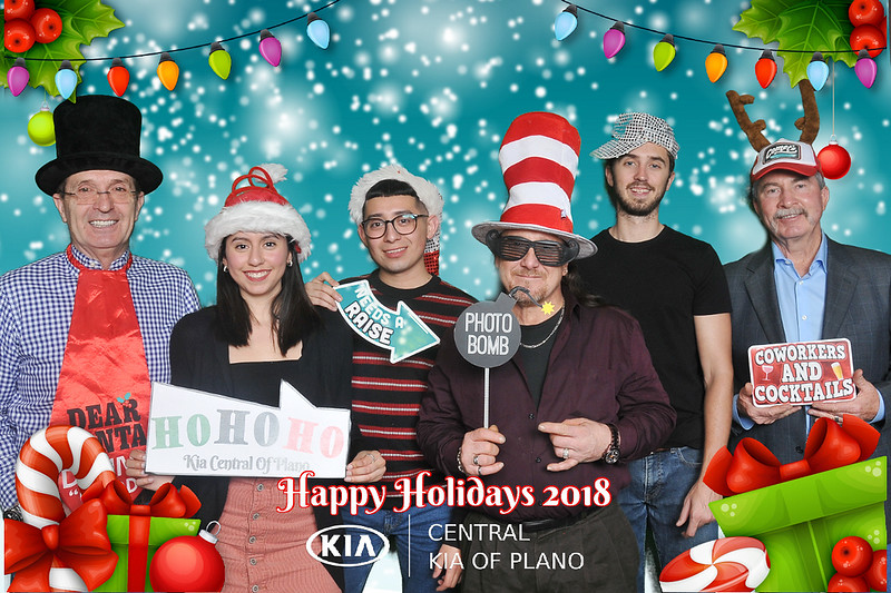 Central Kia Plano Holiday Party Greenscreen Photos