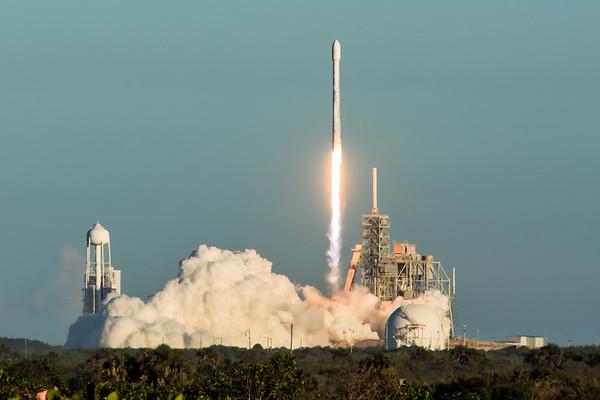 Intelsat 35e Launch