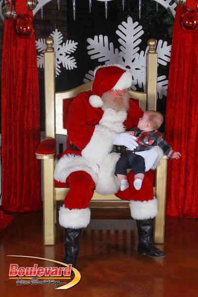Santa 12-17-16-352.jpg