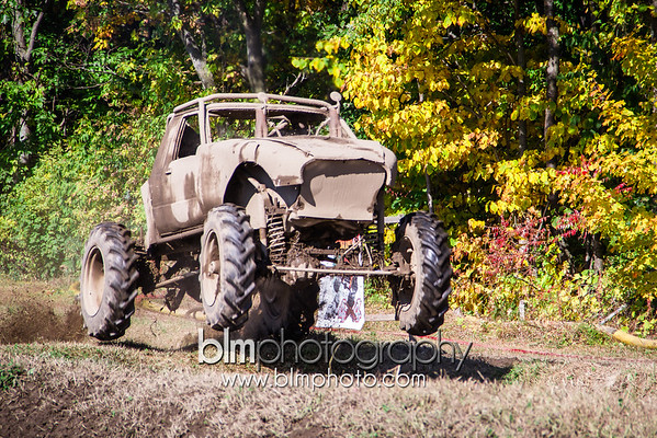 HILL-N-HOLE - Saturday - Vermonster 4x4 Fall Fesitival