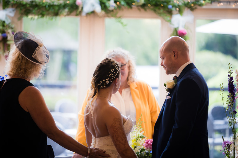 Sam_and_Louisa_wedding_great_hallingbury_manor_hotel_ben_savell_photography-0067.jpg