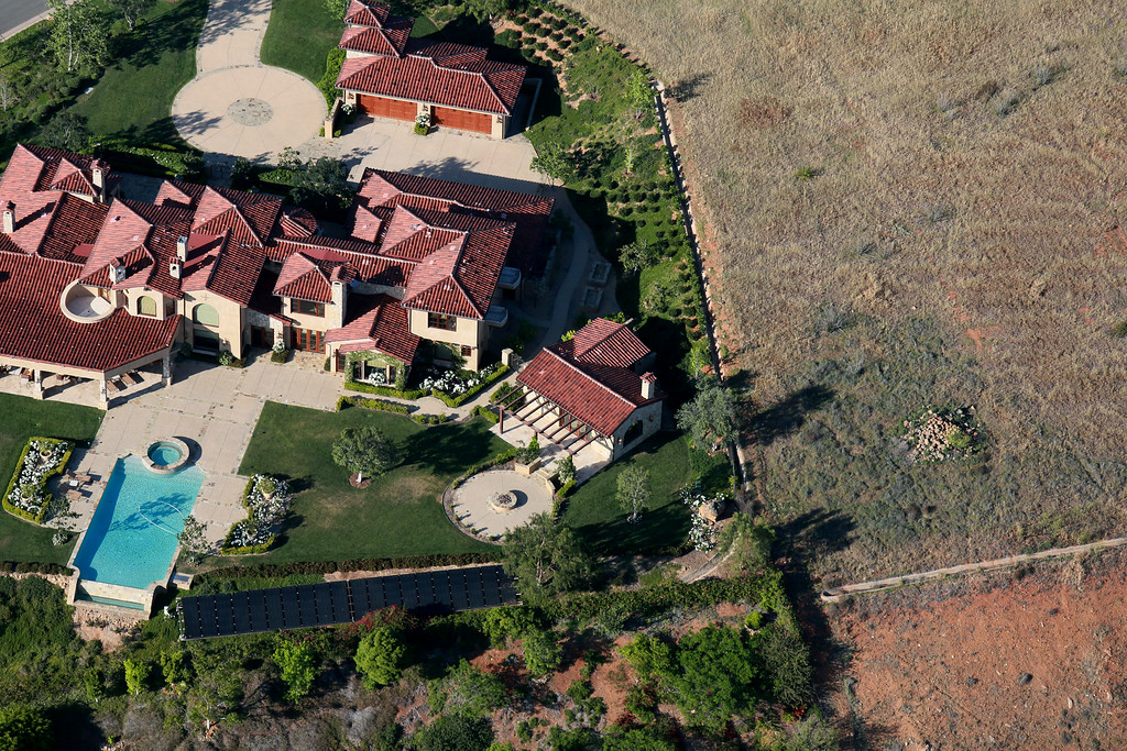 . Aerial view overlooking landscaping on April 4, 2015 in Rancho Santa Fe, California. Gov. Jerry Brown has demanded a 25 percent cut in urban water useage due to a severe drought affecting much of California and the West. Everyone from Campuses, golf courses and other industrial and recreational facilities, as well as personal, home usage are specifically targeted.(Photo by Sandy Huffaker/Getty Images)