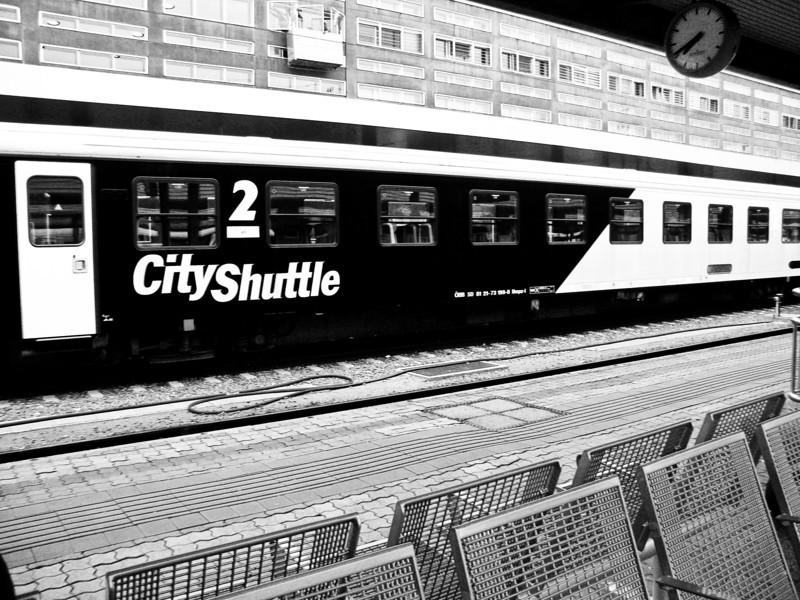 innsbruck train.jpg