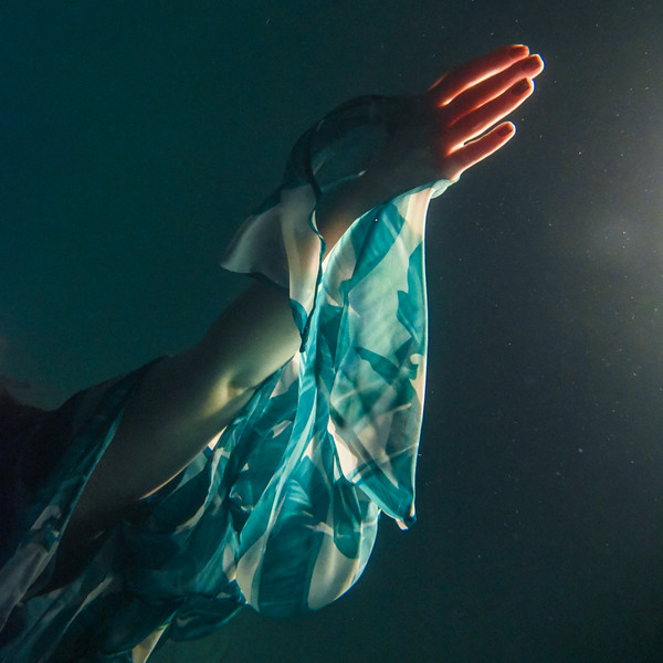 Underwater photography always looks cool! Photo of @rachelannmullins underwater. More coming.