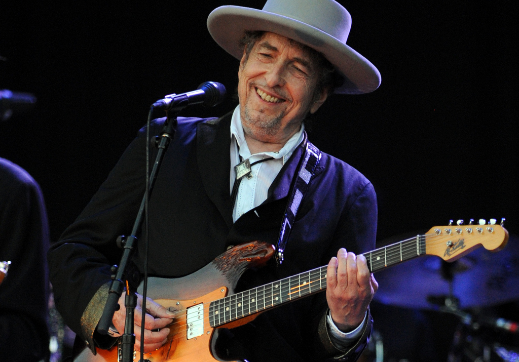 . Dylan performs on stage at the Vieilles Charrues music festival in July 2012 in Carhaix-Plouguer, western France. (AFP/Getty Images: Fred Tanneau)