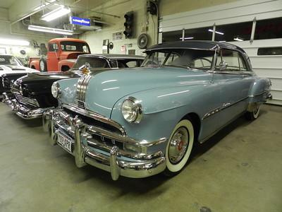 1951 Pontiac Starchief - Stach