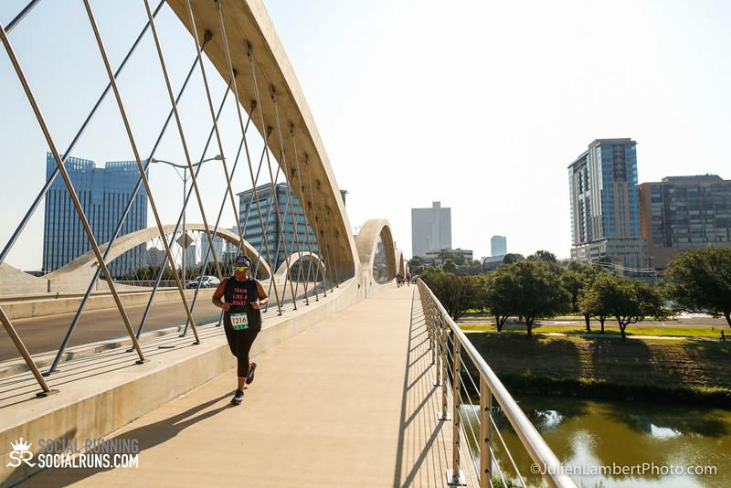 Fort Worth-Social Running_917-0542.jpg