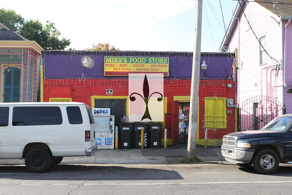 MIKE'S Food Store