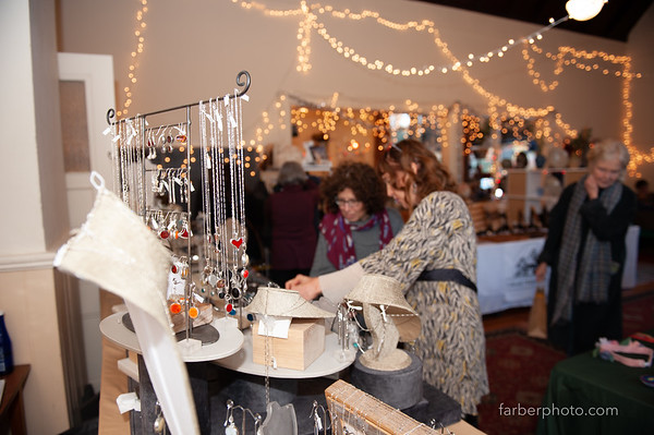 Dail's Piermont show/Nov/2018 / & Light Curves Holiday show