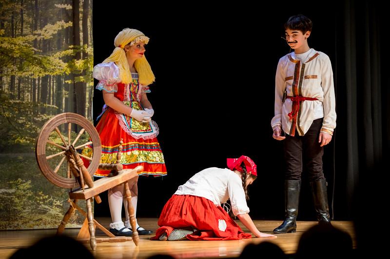 2015-11 Cinderella Performance 0268.jpg