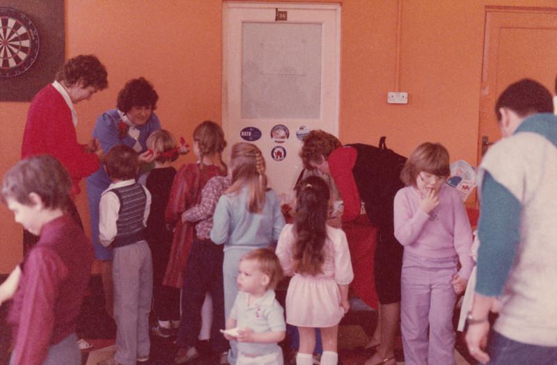 Christmas 1985 - Greenham Common_0024.jpg