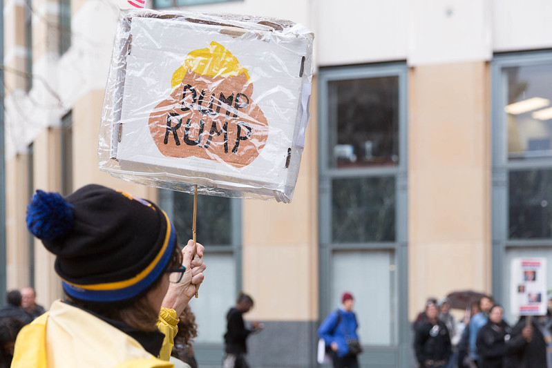 20170120 - T48A9751 -#J20 Oakland Ronald Dellums Federal Building Picket Strike  - photographed by Sam Breach 2017 - 1080 short edge.jpg