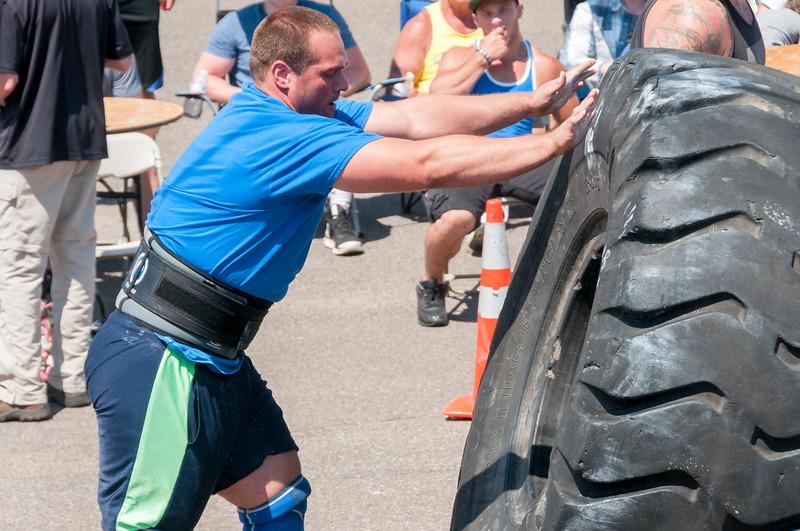 TPS Strongman 2014_ERF1905.jpg