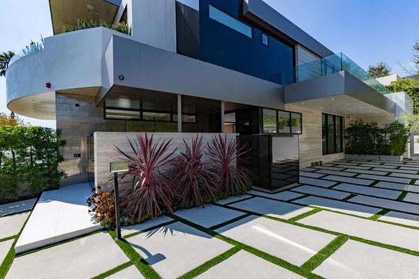 Gayle Villa