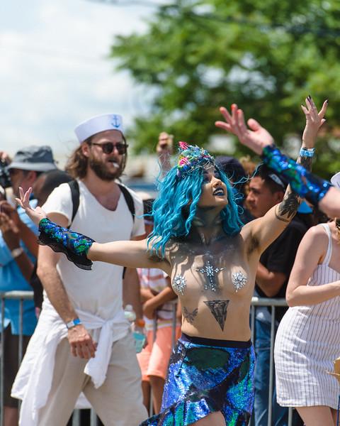 2019-06-22_Mermaid_Parade_1949.jpg