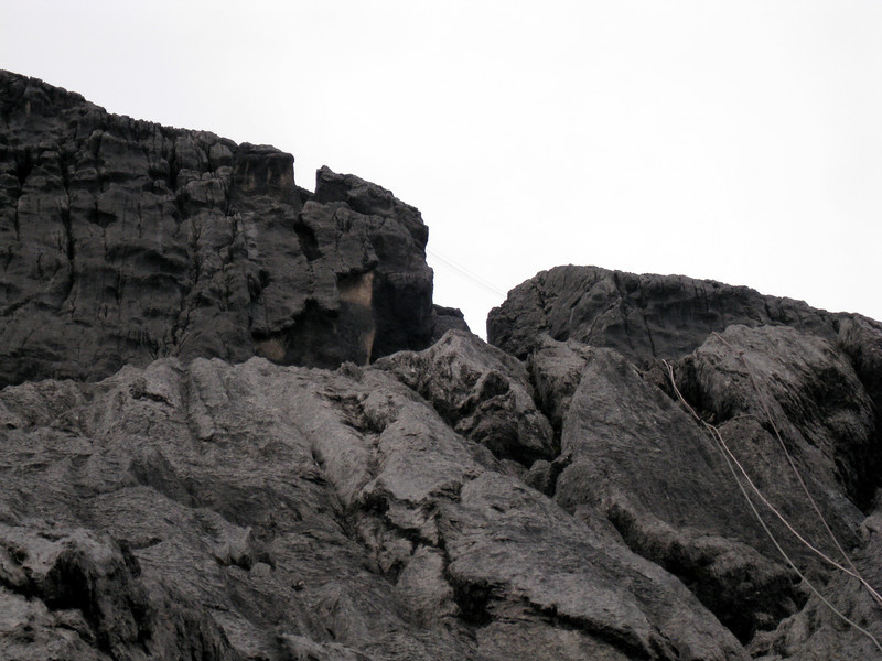 Middle portion – difficulty around IV. Way above Tyrolean traverse is visible…