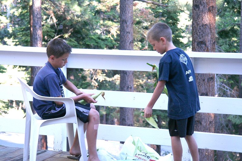 2010_Tahoe_BoysCorn2.JPG