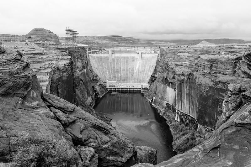 glen-canyon-dam-bw-8.jpg