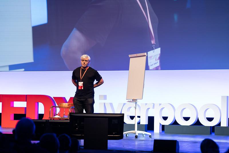TEDxLiverpool-EB-3815.jpg