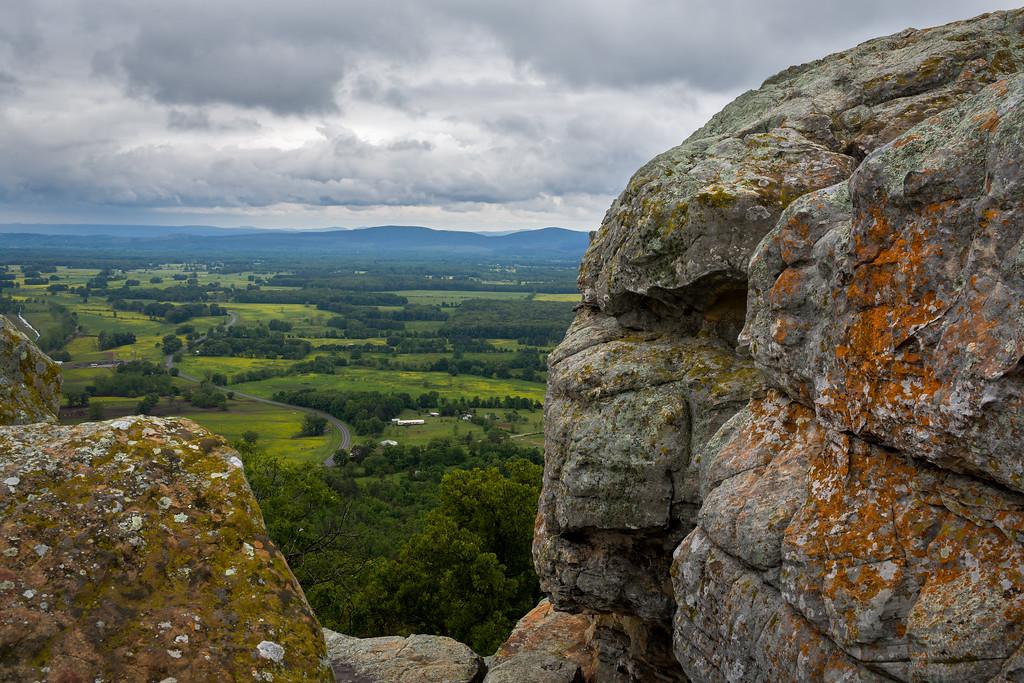 IMAGE: http://alfredomora.smugmug.com/Landscapes/General-Landscapes/i-wnkfDkz/0/XL/20120502-Petit%20Jean%20park-004-proc-XL.jpg