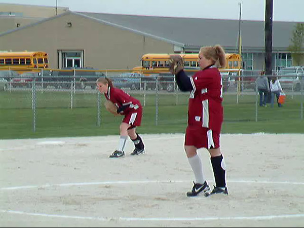 SN Softball vs HC 2005
