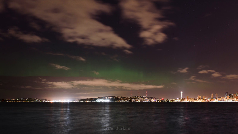 Mother's Day Northern Lights over the Emerald CIty