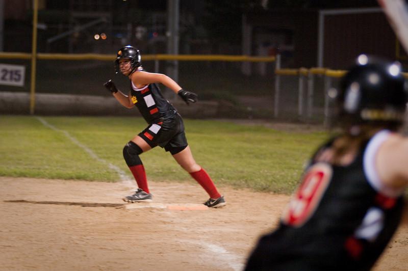 090627-RH Softball-5820.jpg