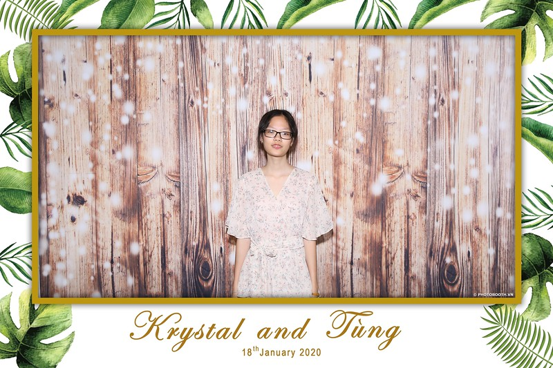 Krystal-Tung-wedding-instant-print-photo-booth-in-Ho-Chi-Minh-City-Chup-hinh-lay-lien-Tiec-cuoi-WefieBox-Photobooth-Vietnam-010.jpg