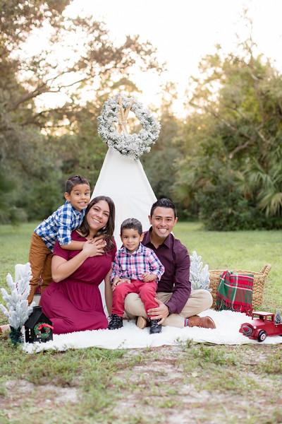 Ariza Family 2020-11.jpg