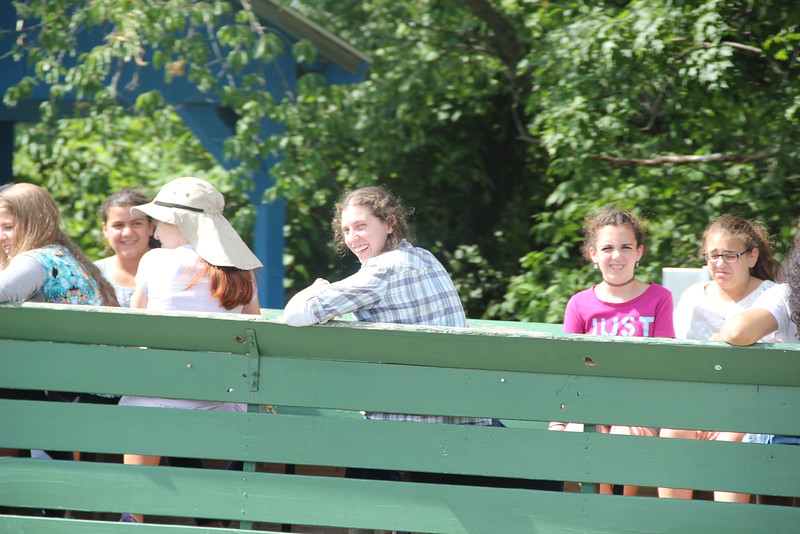 kars4kids_thezone_camp_girlsDivsion_activities_Horse&Buggy (16).JPG