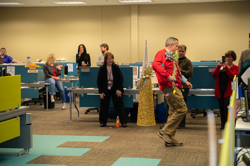 Resource Group Holiday Party 2019-00743.jpg