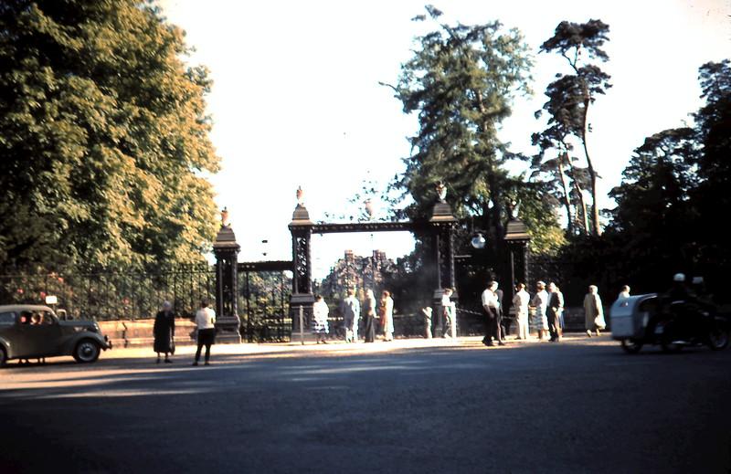 1959-5-24 (15) Sandringham Gates, Norfolk.JPG
