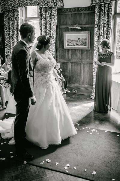 Cross Wedding-164.jpg