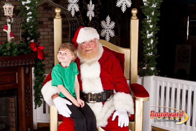 Santa Dec 8-206.jpg