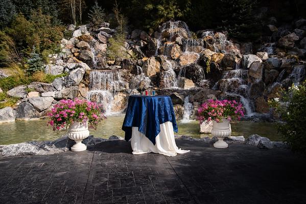 Millenial Falls Wedding