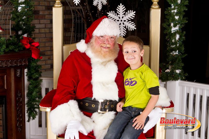 Santa Dec 8-240.jpg
