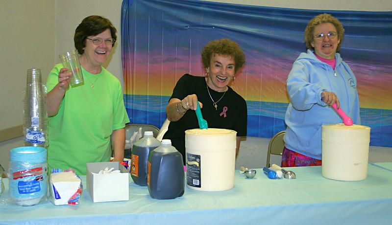 5917 Ice Cream Scoopers.jpg