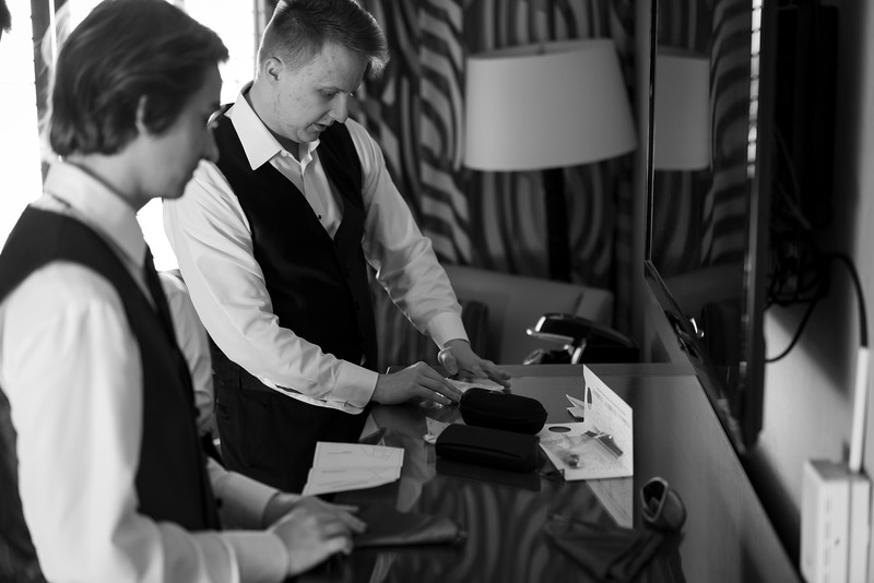 Sandia Hotel Casino New Mexico October Wedding Getting Ready C&C-17.jpg