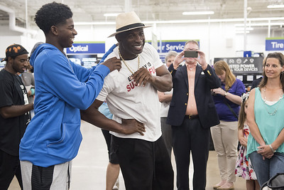 deion-sanders-giving-is-everything