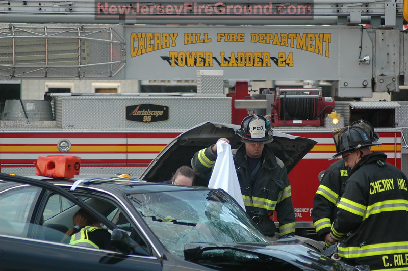 5-21-2008(Camden County)CHERRY HILL Haddonfield Rd.-M.V.A Rescue