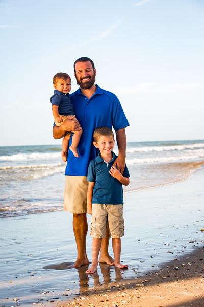 Family beach photos-91.jpg