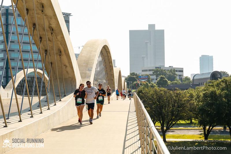 Fort Worth-Social Running_917-0456.jpg