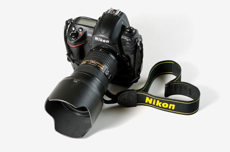 Love Nikon.jpg