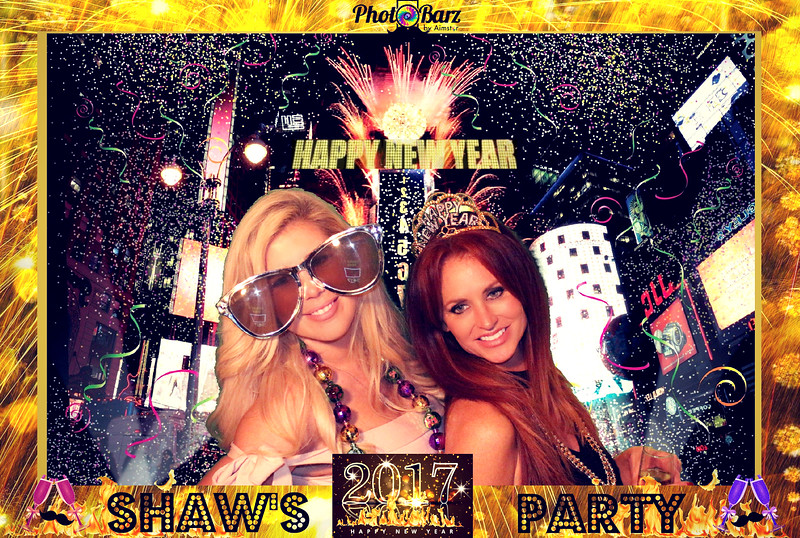 Shaws NYDay Party (48).jpg